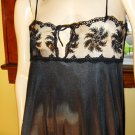 Va Va Voom Vixen Slinky Black Chantilly Lace Bust Sexy Nylon Nightgown Vamp Dress M/L