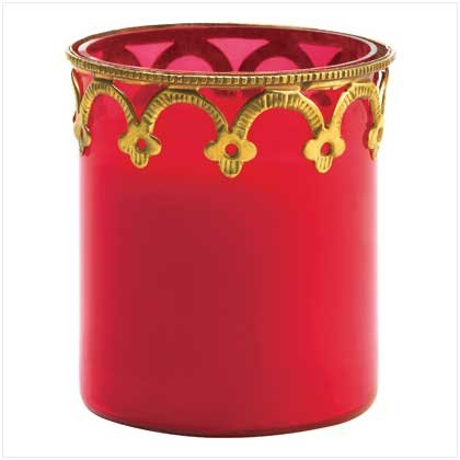 RED CANDLE IN DECORATIVE GLASS