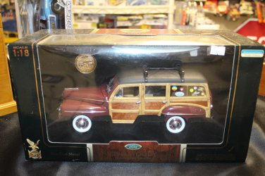 Road Signature 1948 Ford Woody Surf Wagon Deluxe Wood 1/18 Brown