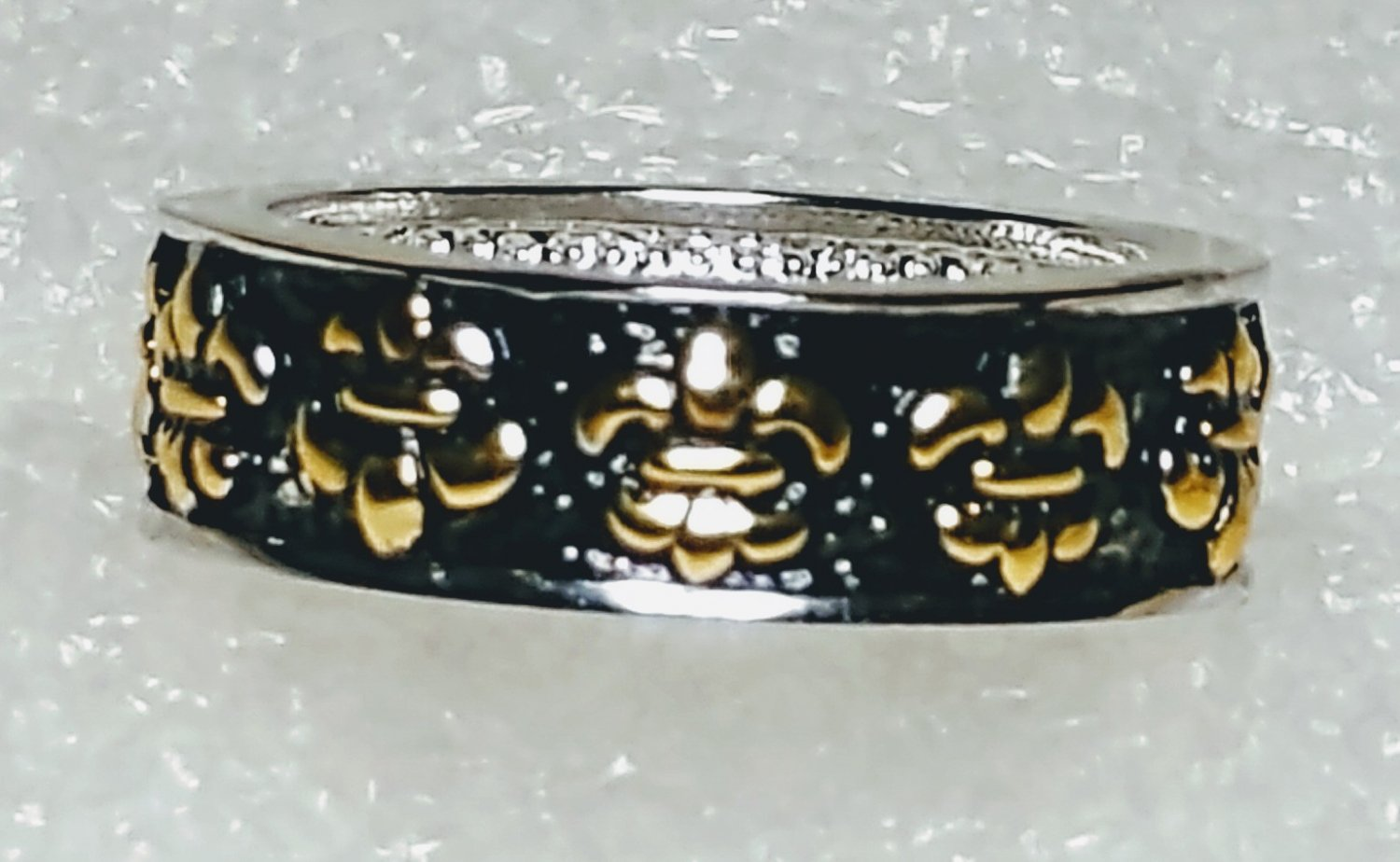 French Fleur De Lis Black Ring Size 6
