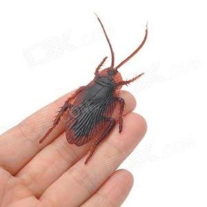 MAGNETIC RUBBER ROACH Cockroach Magnet Fake Prank Joke Toy Gag Scary Funny Stick