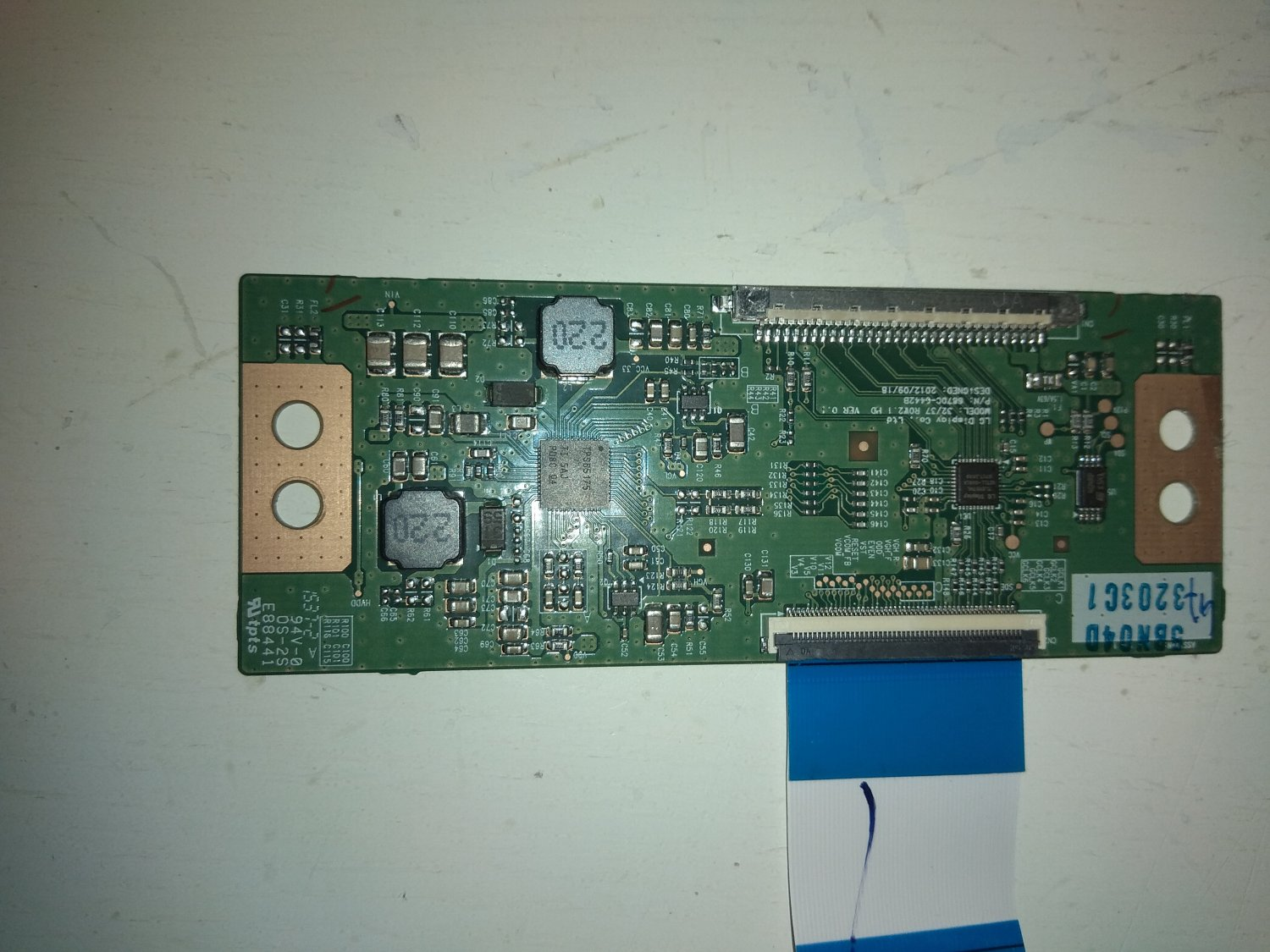LG T-Con Board 6870C-0442B for TV Grundig 32VLE597BG