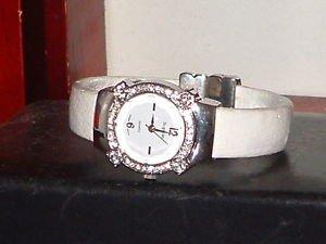 Pre-owned Women�s Sophie White Rhinestone Bracelet Fashion Analog Quartz Watch
