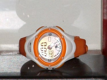 Pre-Owned Women�s Athletic Works AH1066 Sports Digital Watch