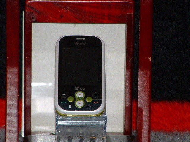 Pre-Owned AT&T LG GT 365 Slider Cell Phone Parts Only)
