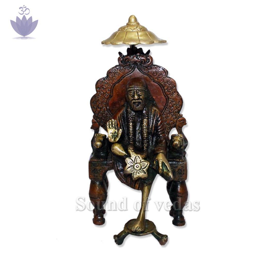 Shirdi Sai Baba Idol with Chatar
