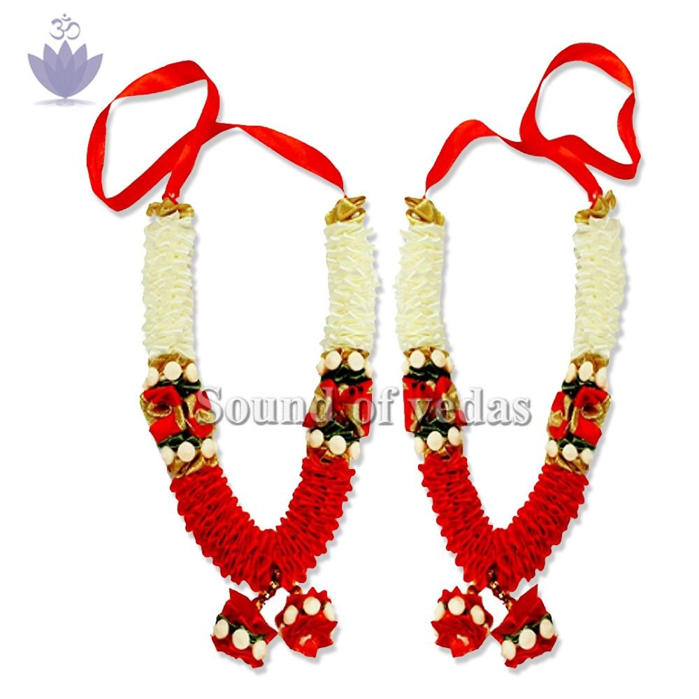 White and Red Artificial Satin Garland