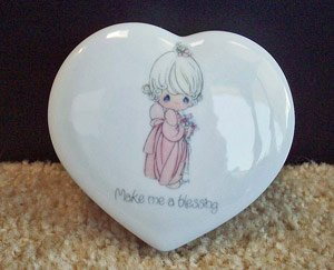 Precious Moments Trinket Box Enesco 1985 www.thriftstoretreasures.com