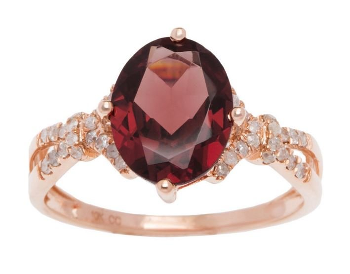 Rose Gold 3.20ct Oval Garnet and Split-Shank Diamond Ring