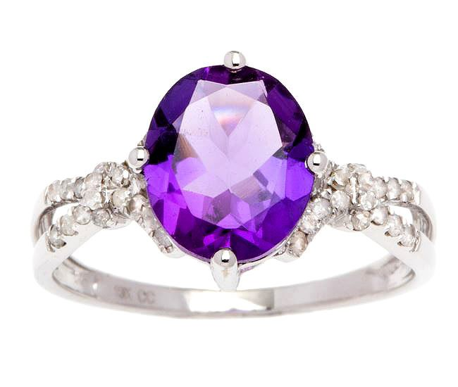White Gold 3.20ct Oval Amethyst and Split-Shank Diamond Ring