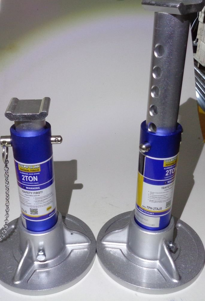 2 TON PRO GRADE ALUMINUM RACING JACK STANDS MADE FROM FINEST MATERIALS 770-144