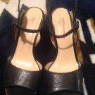 Womens TALBOTS stylish black leather sandals / heels shoes sz. 6 B