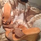 ITALIAN SHOEMAKERS BROWN W/ PEARLS T-STRAP WEDGE SANDALS WOMEN'S SIZE 8M SHOES