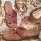 DR SCHOLLS DOLLY WOMEN'S SHOES SANDALS BROWN SIZE 8.5M LEATHER T STRAPS WEDGE