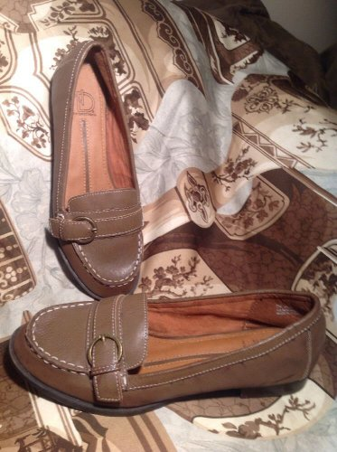 ND NEW DIRECTIONS JENNY WOMEN'S LOAFERS SHOES BROWN W/WHITE STITCHING SIZE 7M