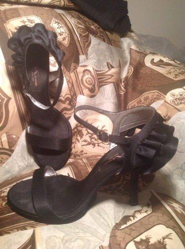 NINA BLACK SATIN WOMEN'S DRESS RUFFLED HEEL SANDALS STILETTOS SHOES SIZE 9M
