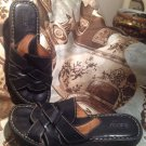 BORN WOMEN'S Black Leather Sandals WEAVE TOP Flip Flops BUCKLE Slides US Sz 8M