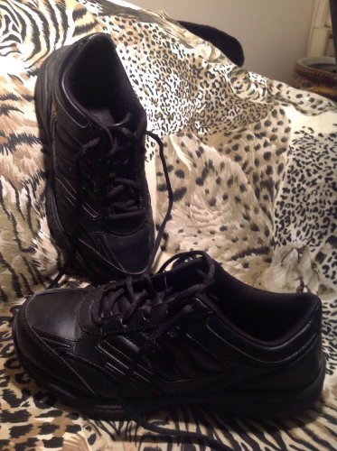 TredSafe Bailey Womens Size 8.5W Black Work Slip Oil Resistant Athletic Shoes