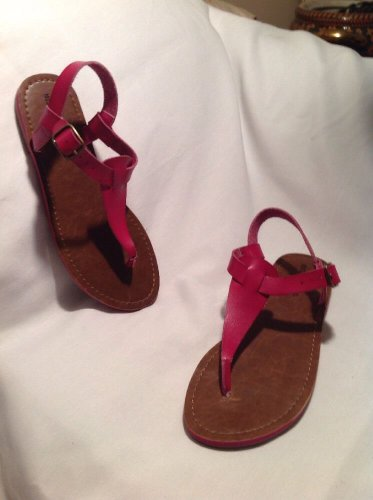 Mossimo Womens Thong Sandal Size 5/6 Ankle Buckle NEW Pink Hot Pink