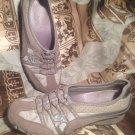 SKECHERS WOMEN'S TAUPE SUEDE ELASTIC SLIP ON WALKING RUNNING SNEAKERS 9M Shoes