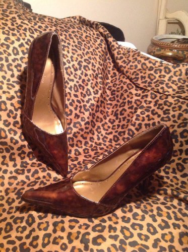 CHARLOTTE RUSSE Women's Brown Marbled Patent Pointy Toe Heels Pumps Shoes 6M