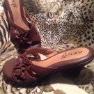 EuroSoft Sandal Slide Slip On COMFORT MULE  Womens SZ 8M Brown Flower Detail