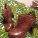 UGG AUSTRALIA 6.5M WOMEN'S ANKLE BOOT BROWN LEATHER AMBROGIA SN1001312 MRSP $289