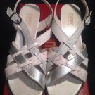 MUNRO AMERICAN KARA 9M WHITE/SILVER COMBO LEATHER SLIDES HEELS SANDALS MRSP $159
