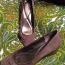EASY SPIRIT SHYMA WOMEN'S BROWN SUEDE BOW SIDE CLASSICS WEDGE SHOES 10M MRSP $99