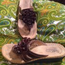 CLIFFS BY WHITE MOUNTAIN CHARTER 7.5M BROWN FLORAL THONG SANDALS WOMEN'S $58