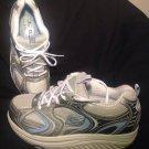 SKECHERS SHAPE UPS WOMEN'S GRAY/WHITE/BLUE TONING WALKING/FITNESS SHOES SIZE 8M