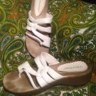 BEAR TRAPS OUTDO WOMEN'S SIZE 8.5M WHITE LEATHER UPPER THONG SANDALS SHOES