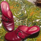 CLARKS ARTISAN COLLECTION 7.5M RED WINE LEATHER WEDGE MULES SHOES WOMEN'S