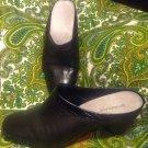 LIZ CLAIBORNE DEBBY WOMEN'S BLACK LEATHER SLIP ON HEEL CLOGS MULES SHOES SZ 7M