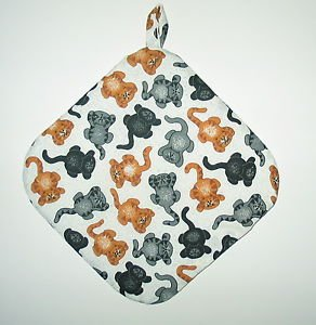 "8"" Hot Pot Pad/Pot Holder with Hanger - JUMPING CATS"