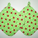 "** NEW ITEM ** 8"" Hot Pot Pad/Pot Holder with Hanger Set - LADYBUGS ON GREEN"