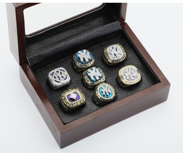 Collector Brass Series-New York Yankees World Series 7 Ring Championship Replica Ring Set