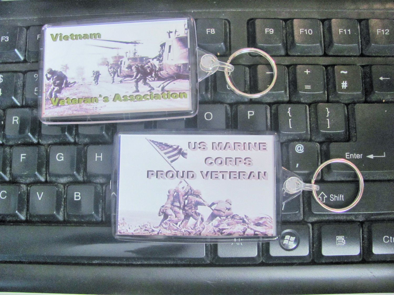 Vietnam Veterans key chains, US Marines key chain, large size clearly defined keepsake