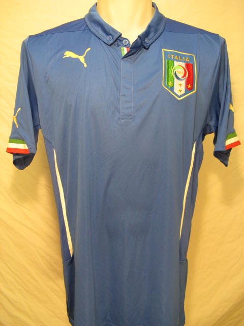 Italy Men's Large Puma Soccer Jersey