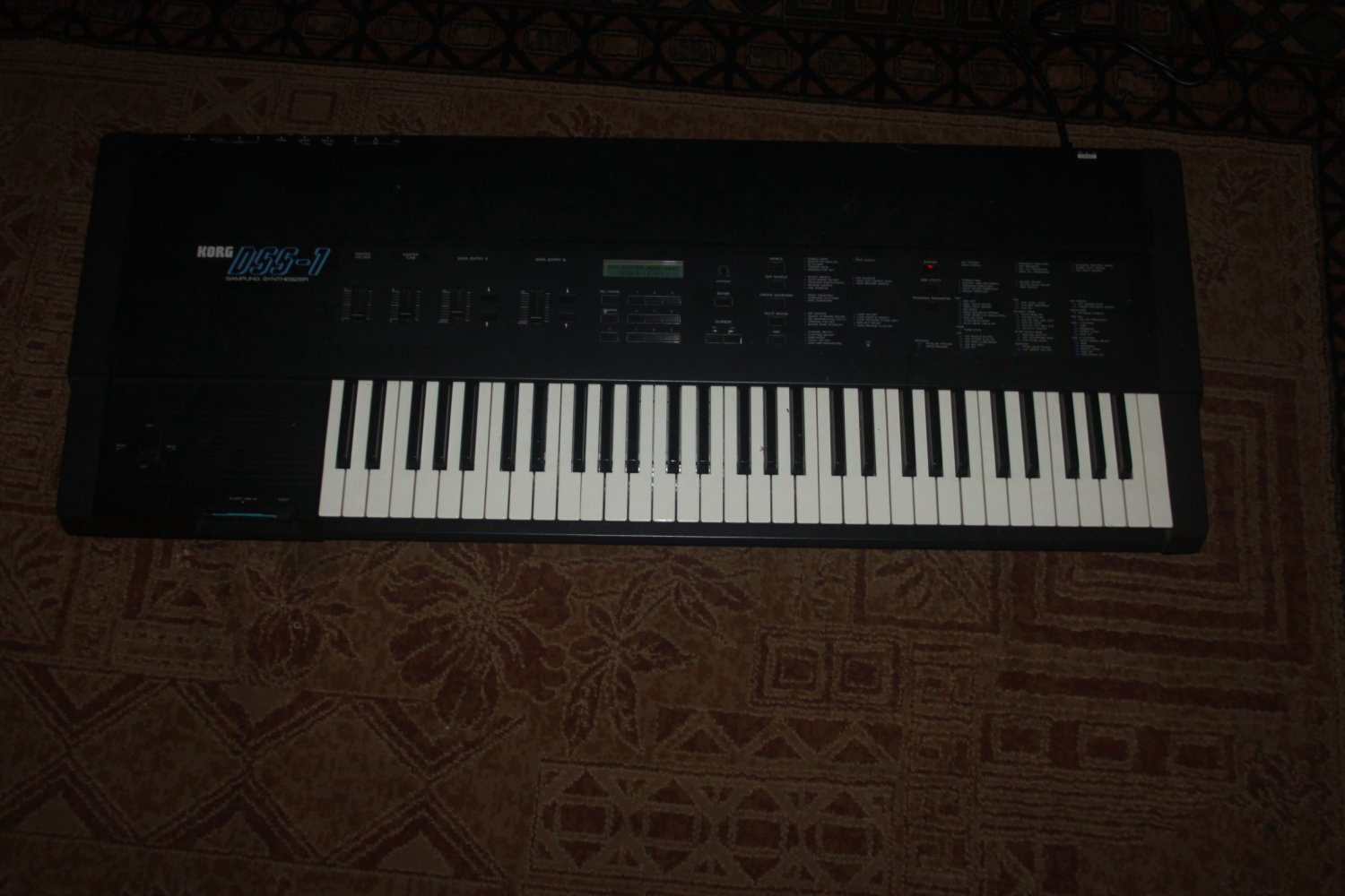 KORG DSS-1 Sampling Synthesizer with good keys 8/16