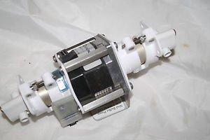 Fluid Metering Inc. POWERMAX II  P21NSXC-LSS-NS-14 working pull clean Q4