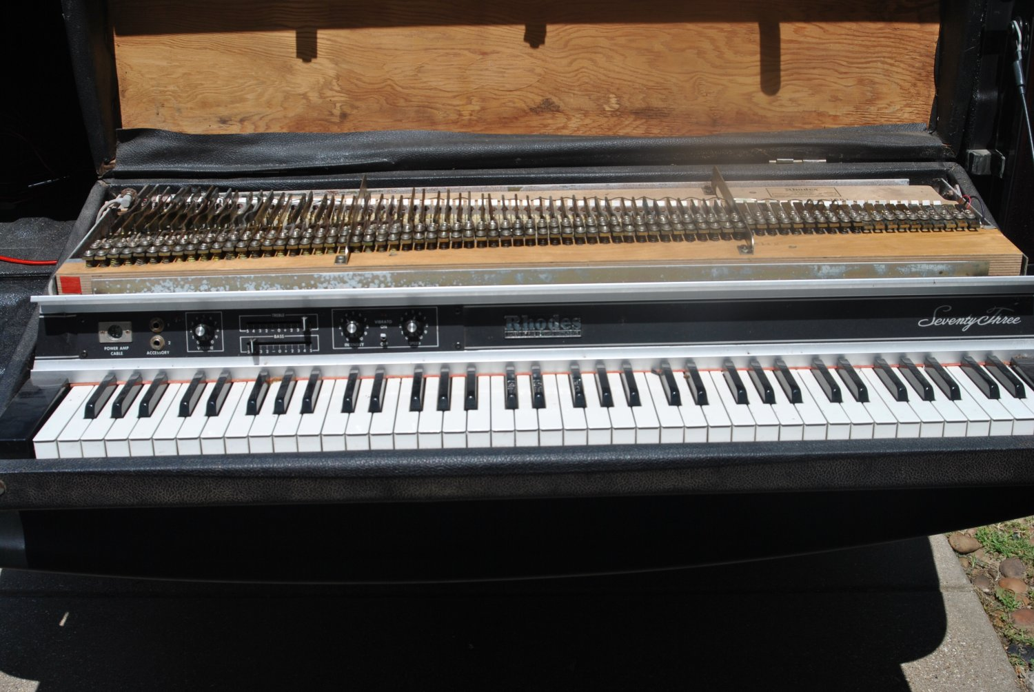 Late 70's Fender Rhodes 73 Seventy Three Key Piano-Attic Find- As Is Project Keyboard_
