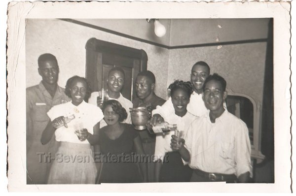 Vintage African American Black People Group Old Photo Pretty Men Women Drinking