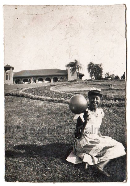 1940s Vintage Pretty African American Girl Woman Balloon Old Photo Black People