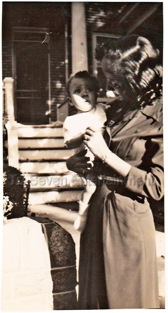 1940-50s Vintage African-American Mother w/Cutest Baby Old Photo Black People