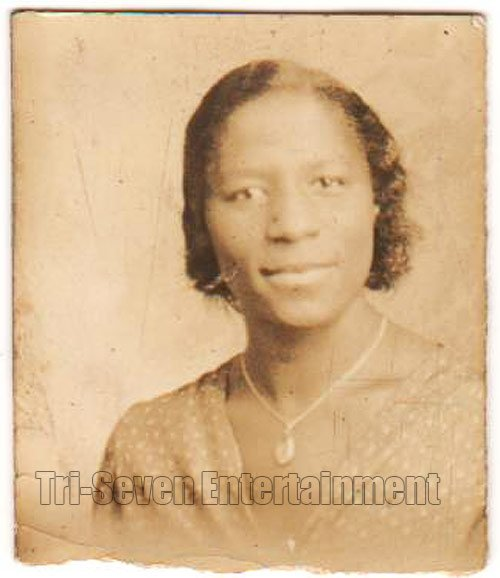 Antique African American Pretty Woman Photo Booth Old Black Americana TPB31