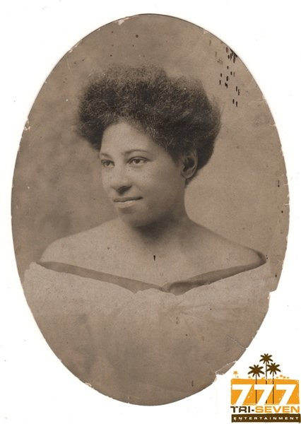 Antique Pretty African American Woman Early 1900s Old Photo Black Americana V092