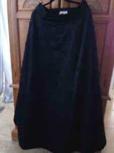 Women's Black Floor Length Beaded Skirt by Vie Victoria Royal size large