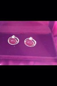 Beautiful Vintage Jewelry 1940's clip on earrings