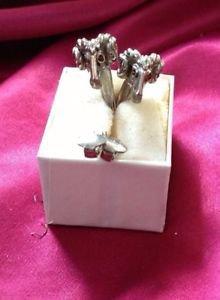 1940's vintage jewelry beautiful clip-on earrings